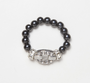 black beaded stretch ring with silver belt buckle