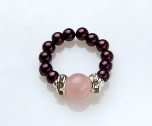 Burgundy beaded stretch ring with rose quartz accent bead