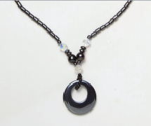Black Magnetic Beaded Necklace with Circle Pendant and Crystal