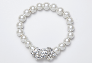 White Magnetic Stretch Bracelet with 7 Crystal Rondelles